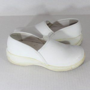 Dansko Slip Resistant Professional Work Clogs A617